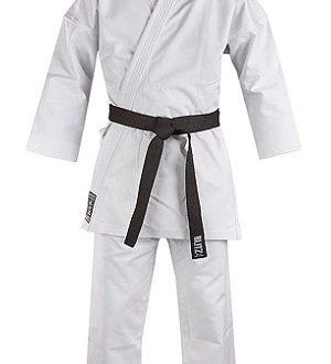 kimono blanco de karate
